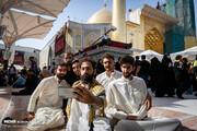 تصاویر | زائران اربعین در حال زیارت در حرم امام علی(ع)