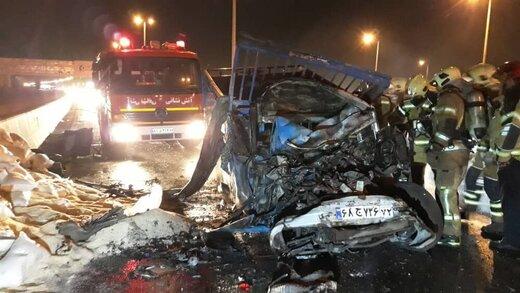 تصادف مرگبار دو نیسان در اتوبان تهران -قم/ عکس
