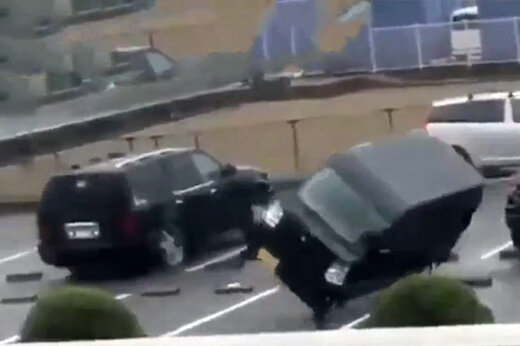 فیلم   لحظاتی هولناک که طوفان ژاپن خانه و ماشینها را هم میبرد!