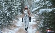 اون سوار بر اسب سفید به کوه ها زد؛ یک اتفاق مهم جهانی در راه است!/عکس