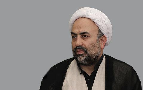 هم محبوب و هم موفق؛ عرض ادبی به دکتر محمود گلزاری