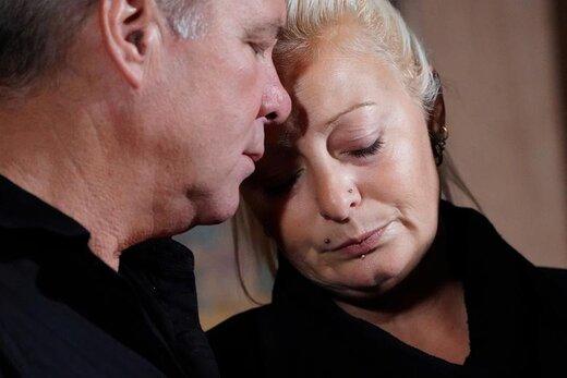 مادر نوجوان بریتانیایی که در سانحه رانندگی با همسر یک دیپلمات آمریکایی کشته شد، در یک کنفرانس خبری در منهتن نیویورک
