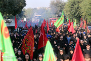 فیلم | حضور اقشار مختلف مردمی در راهپیمایی جاماندگان اربعین حسینی تهران