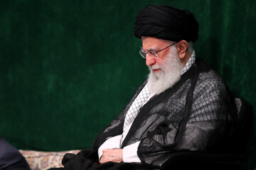 رهبر انقلاب: با ثابت ماندن در مسیر حق، کشور و دنیا اصلاح میشود