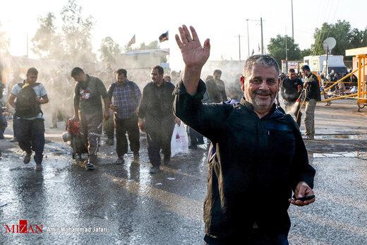 بازگشت زائران اربعین حسینی از مرز مهران