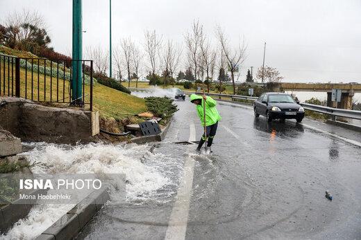 آخرین وضعیت بارش و ترافیک جادهها در کشور