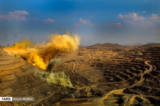 سنگ آهن «گل گهر» در استان كرمان