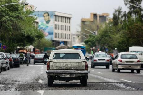 فیلم | طرح ضربتی جمعآوری خودروهای بی صاحب در تهران!
