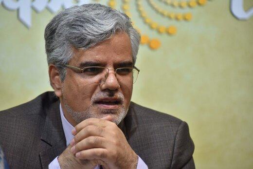 کنایه توئیتری محمود صادقی به درخواست یک نماینده مجلس برای شنود تلفنش توسط نهادهای امنیتی