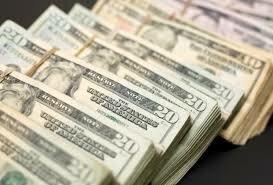 دلار کف کانال یازده هزار تومان/ یورو ۱۲.۴۵۰ شد