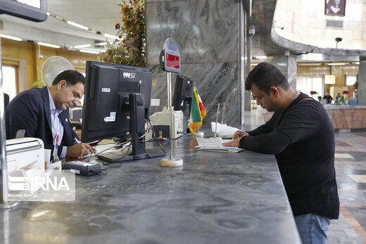 اعلام موضع وزیر اقتصاد درباره اخذ مالیات از سپردههای بانکی