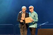 فیلم | لحظه غرورانگیز انتخاب کیهان کلهر به عنوان مرد سال موسیقی جهان