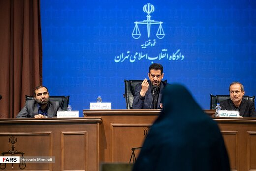 قرار بازداشت «شبنم نعمتزاده» تمدید شد