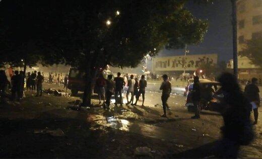 تظاهرات مردم بغداد علیرغم منع آمد و شد در پایتخت