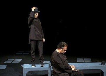 از احسان کرمی تا مسعود ده نمکی مهمانان تئاتر رامبد جوان/عکس