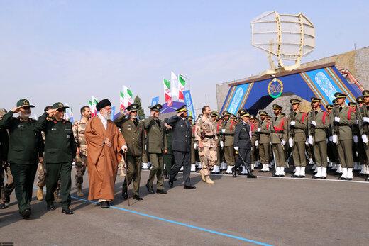 حضو رهبر انقلاب در مراسم دانشآموختگی دانشجویان دانشگاههای افسری ارتش