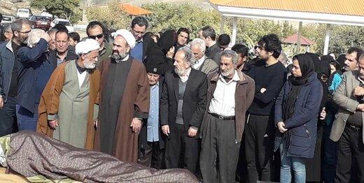 مراسم خاکسپاری مظاهر مصفا در تفرش