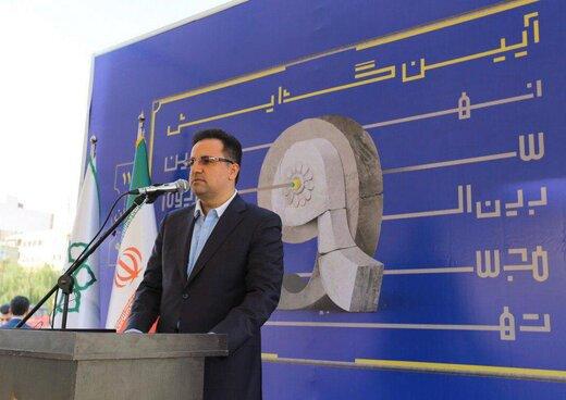 نصب ۶۰ مجسمه از مفاخر ایران در میدان مشاهیر