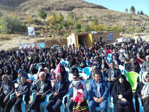 برگزاری نهمین جشنواره گردشگری سفر به زیستگاه زاغ بور در بیارجمند شاهرود