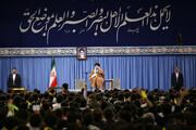 قائدالثورة: خلاف الشعب الإيراني مع الحكومة الامريكية يمتد الى مؤامرة 1953 وما قبلها