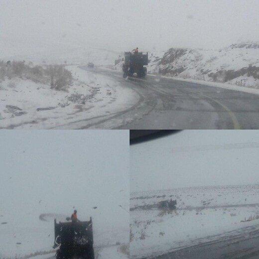 در این جادهها برف و باران میبارد