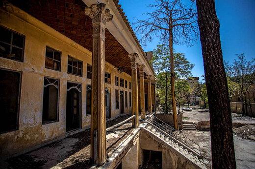 فیلم | اولین هتل اصفهان که «صادق هدایت» از آن یاد کرده به یک خرابه تبدیل شده!