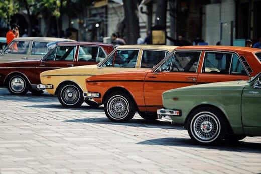 فیلم | بنز و بیامدبلیو در نمایشگاه خودروهای کلاسیک در پیست آزادی