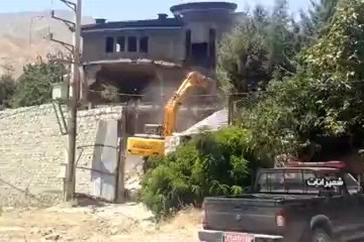 فیلم   تخریب ۷ بنای غیر مجاز ۲۰ میلیارد تومانی در شمیرانات