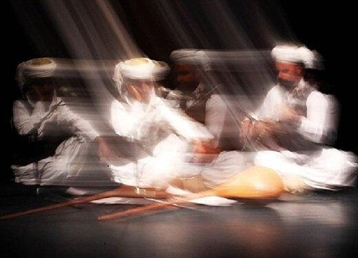 آواها و نواهایی که گردشگران را به خود جذب میکنند/ گزارش آیین آغازین جشنواره موسیقی نواحی