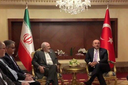 فیلم | دیدار و گفتوگو محمدجواد ظریف با وزیر خارجه ترکیه
