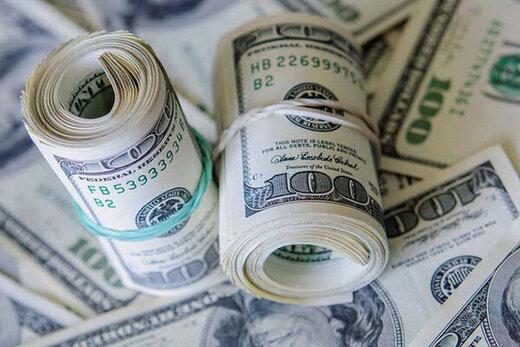 دلار در بازار آزاد در یک قدمی ۱۲ هزار تومان
