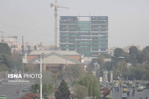 آلودگی هوای تهران و کرج تشدید میشود/ هشدار برای تمام گروهها
