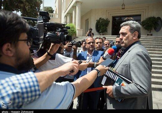 شهردار تهران: آلودگی هوا در مرز هشدار است/ با وارونگی هوا مواجه هستیم