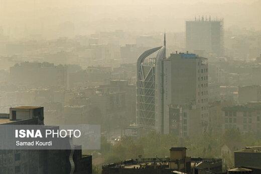 شما نظر دادید/ ارتقای کیفیت سوخت و گسترش حملونقل عمومی؛ راهکار کاهش آلودگی هوا