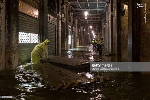 مترو ونیز مملو از آب