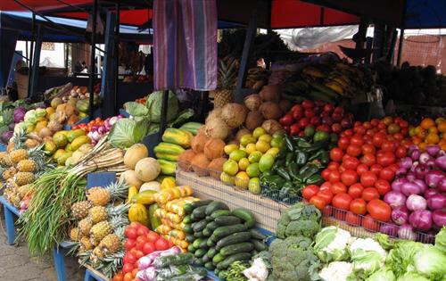 افت قیمتها در بازار سبزی و صیفی؛ ثبات نرخ میوه