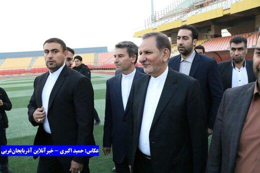افتتاح ورزشگاه ۱۵۰۰۰ نفری ارومیه توسط جهانگیری