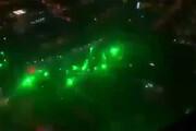 فیلم | حمله لیزری معترضین شیلی به هلیکوپتر پلیس