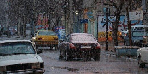 فیلم | اولین برف تهران از لنز دوربین علی کریمی!