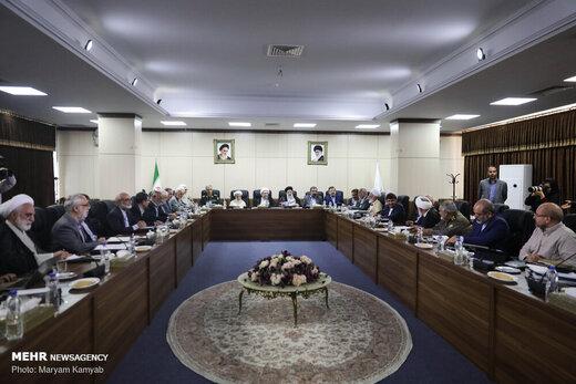 اطلاعیه مجمع تشخیص مصلحت :قیمت بنزین ربطی به ما ندارد