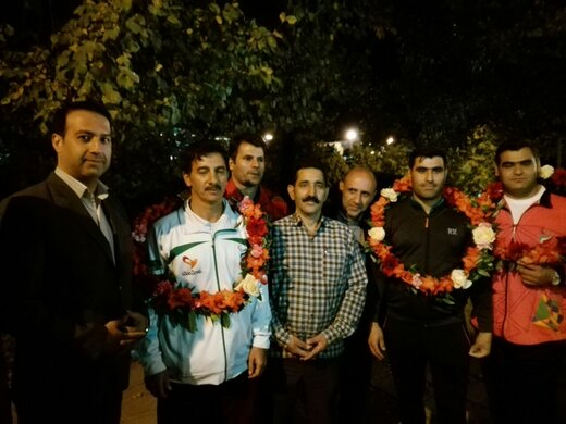 استقبال مدیرکل ورزش و جوانان استان از قهرمانان پارالمپیکی لرستان