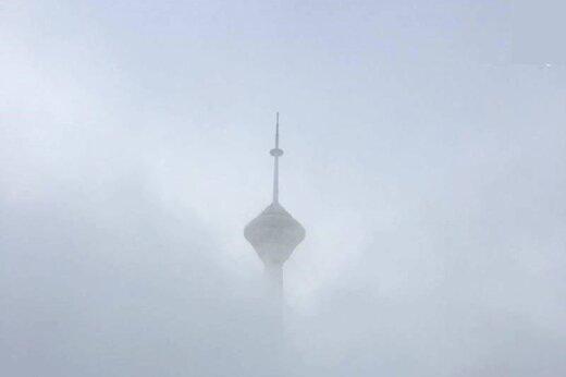 فیلم | برف پاییزی برج میلاد را بلعید