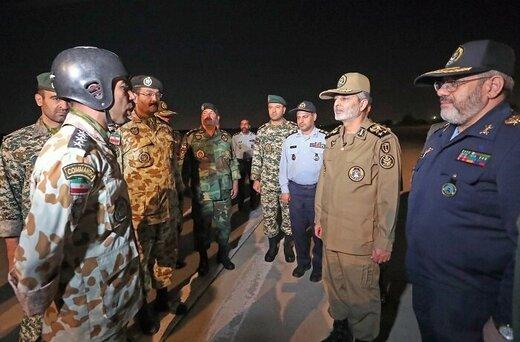 حضور شبانه و سرزده فرمانده کل ارتش در جمع چتربازان تیپ 55 هوابرد