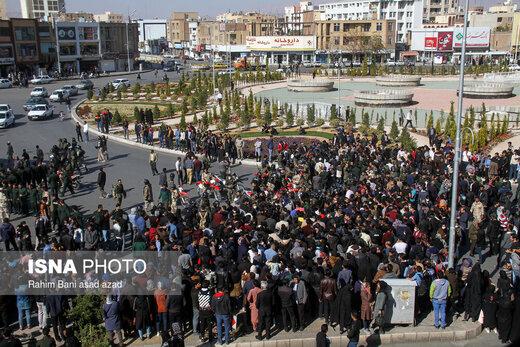 ببینید   تصاویری از اعتراضات مردمی به گرانی بنزین از تهران تا اهواز و گرگان