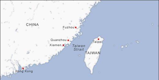 عبور ناو هواپیمابر چین از تنگه تایوان در حضور کشتیهای آمریکایی