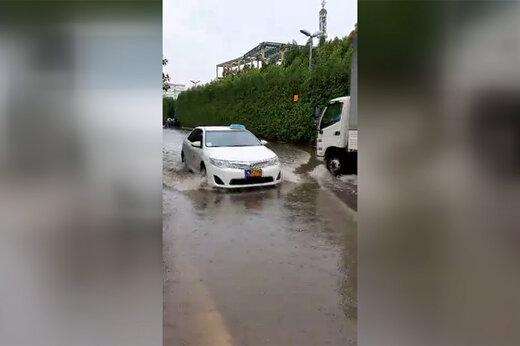 فیلم | بارش شدید و آبگرفتگی خیابان در کیش