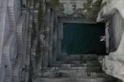 فیلم | شیرجه و شنا در سرداب تاریخی هند