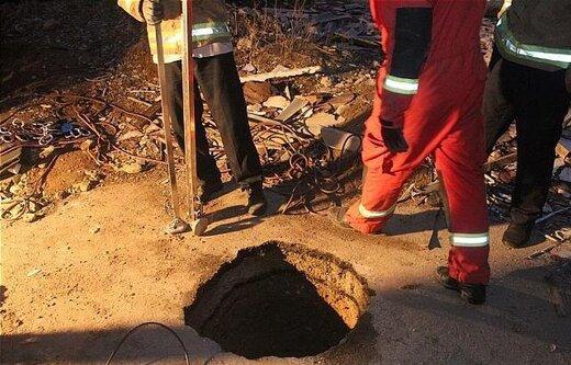نجات کارگر جوان از عمق چاه