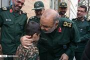تصاویر | پدرانه پسرانههای فرمانده سپاه و فرزندان یک شهید