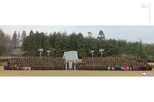 بازدید اون از سربازان زن ارتش